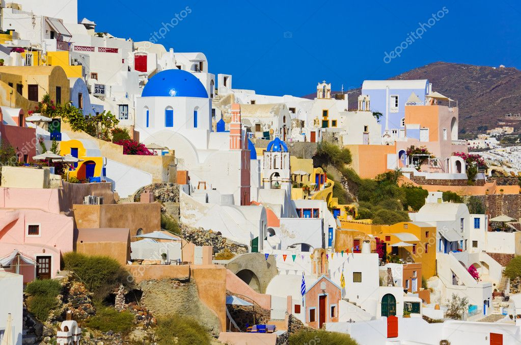 Santorini view (Oia), Greece - vacation background — Stockfoto #4689563
