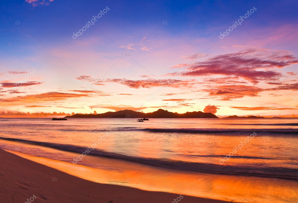 Tropical Island Sunset Clipart Tropical Island at Sunset