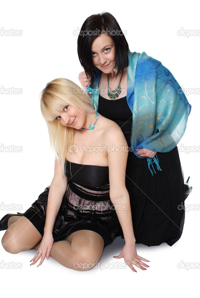 The woman tightens to itself the young girl for a beads — Stock Photo #2811764