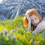 Model posing in rural scene — Stock Photo