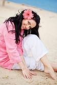 Flicka på stranden — Stockfoto