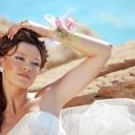 Beautiful bride — Stock Photo #3902217