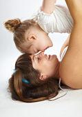 Madre e figlia piccola — Foto Stock