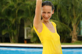 Женщина в бассейне — Стоковое фото
