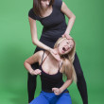 Two women fighting — Stock Photo