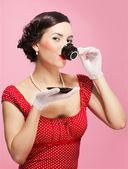 Mädchen mit teetasse — Stockfoto