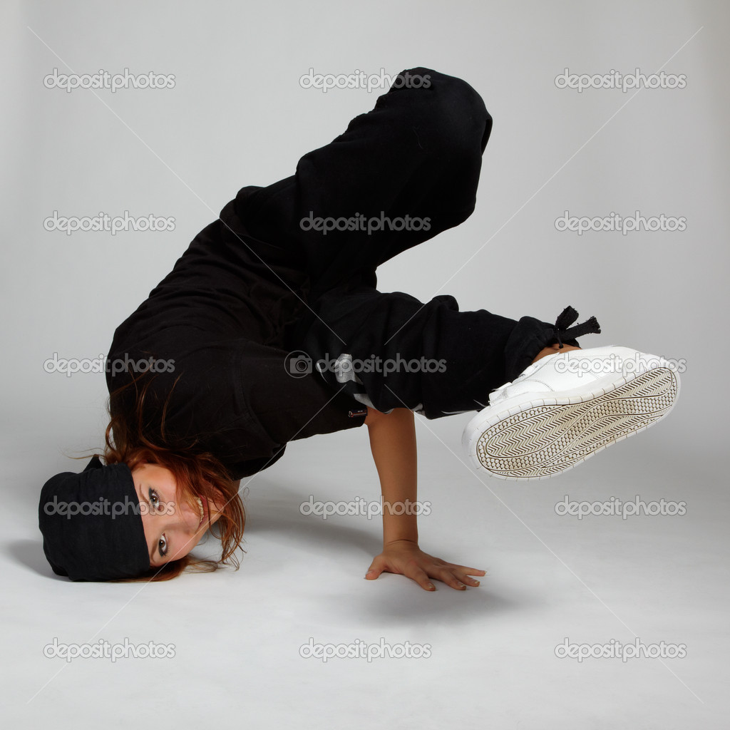 Portrait of beautiful young breakdancer in black — Stock Photo #3606581