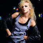 Beautiful blonde girl rocker — Stock Photo
