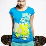 Girl with skateboard — Stock Photo #4484371