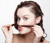 Dívka s kreativní vlasy do — Stock fotografie