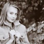 Woman in autumn park — Stock Photo #3882125