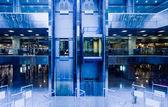 Modern iç asansörleri — Stok fotoğraf