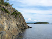 Granite rock on the shore of the White Sea — Foto Stock