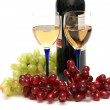 Grapes and wineglasses isolated — Stock Photo