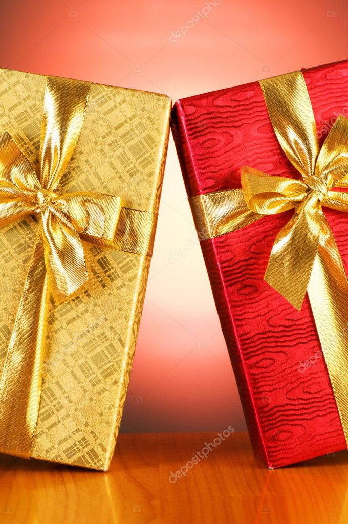 Gift box against gradient background — Stock Photo #2875993