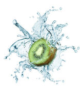 Kiwi jumping into water with a splash — Stock Photo