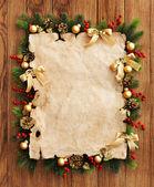Papper och jul dekorationer — Stockfoto