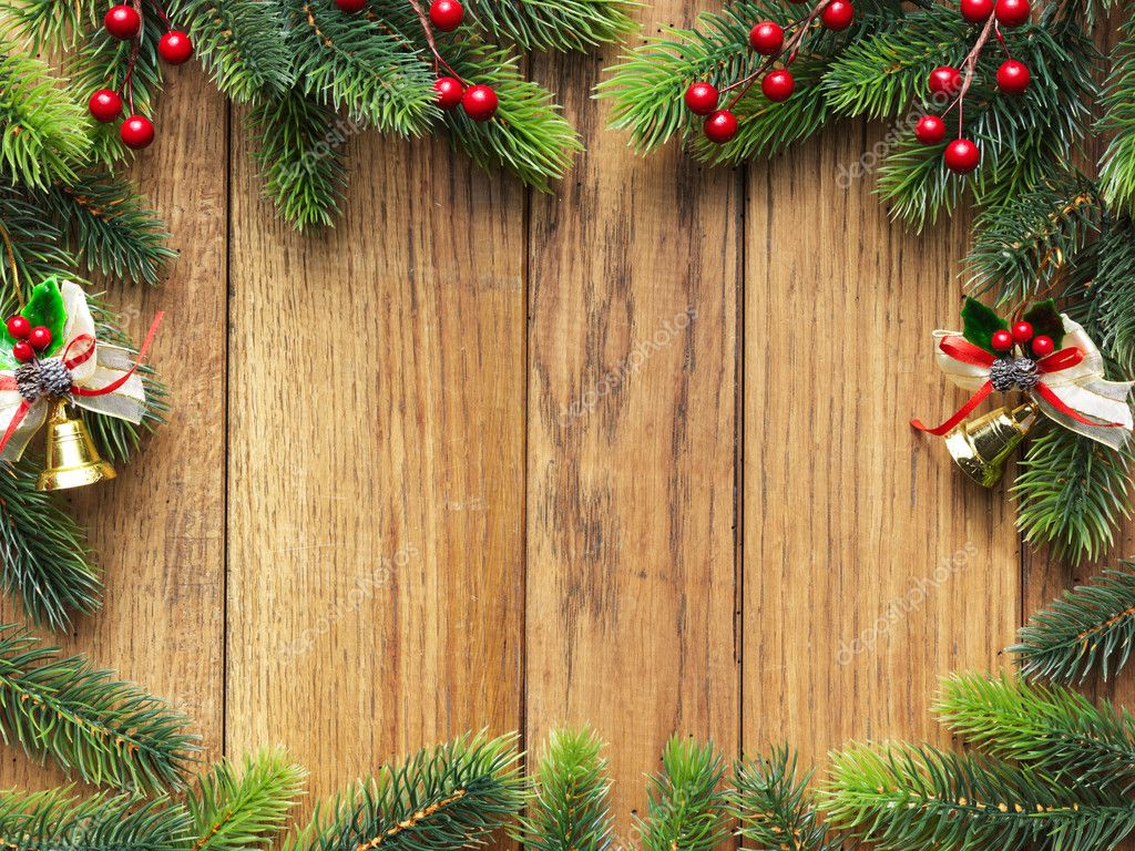 Christmas fir tree on the wooden board — Stok fotoğraf #5143602