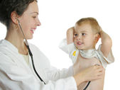 Doctor assessing patient by stethoscope 2 — Stock Photo