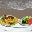 Food on beach — Stockfoto #3642058