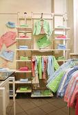 Magasin de vêtements enfant — Photo