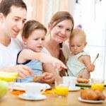 Family breakfast — Stock Photo