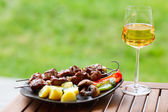 Grilling at summer weekend — Stockfoto