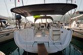 Back view sailing boat — Stock Photo
