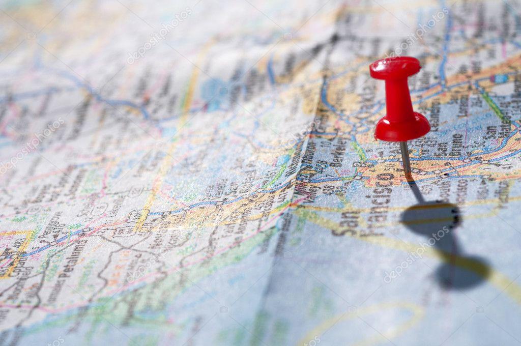 旅游概念与红色图钉– 图库图片