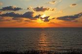 地中海上輝く夕焼け — ストック写真
