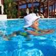 Little girl in the pool. — Stock Photo