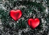 Speelgoed in de vorm van het hart en de klatergoud. — Stockfoto