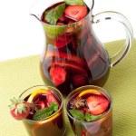 Refreshing fruit sangria — Stock Photo