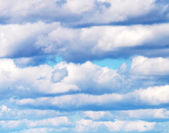 Beatiful white clouds on the blue sky — Stock Photo