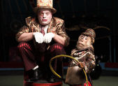 Circus clown with a monkey. — Stock Photo