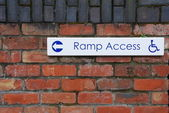 Ramp access sign — Stock Photo