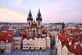 Praga. Iglesia de nuestra señora, Tyn, siglo 12 — Foto de Stock