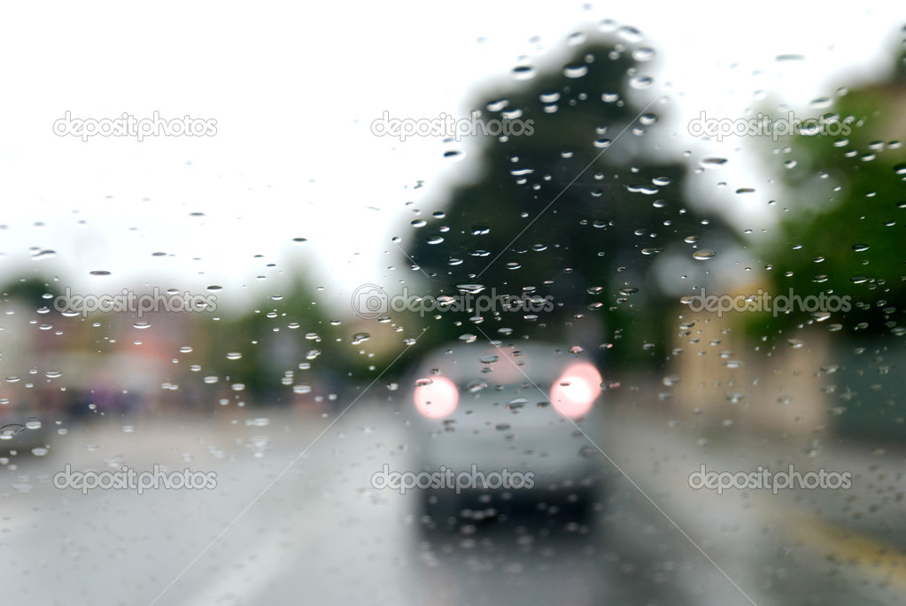 Traffic on a Rainy Day in Pisa, Italy  Stock Photo #3170405