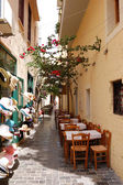 Outdoor restaurant in old city part of Retimno, Crete, Greece — Stock Photo
