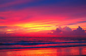 Sunset at the beach of Indian Ocean, Phuket, Thailand — Stock Photo
