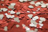 красные и белые сердца — Стоковое фото