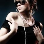 Fashion woman portrait wearing sunglasse — Stock Photo