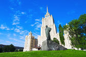 Monument to Taras Shevchenko in Ukraine Hotel — Stock Photo