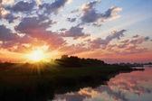 Enastående skönhet av soluppgång — Stockfoto