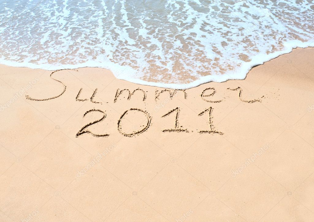 Inscription on wet sand Summer 2011 — Stock Photo #3918277
