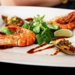 Fried prawns — Stock Photo