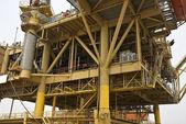 Instalação de produção de petróleo offshore — Fotografia Stock