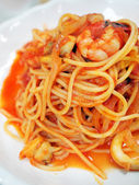 Spaghetti with seafood — Stock Photo