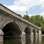 Serpentine Bridge in Hyde Park — Stock Photo #3558015
