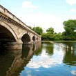 Serpentine Bridge in Hyde Park — Stock Photo #3668977